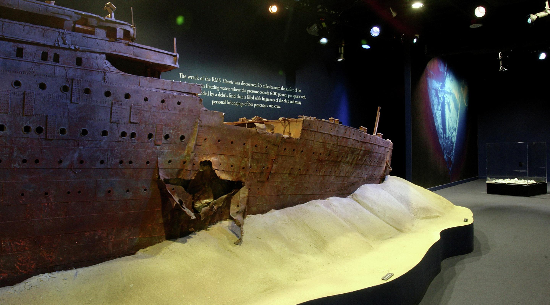 attractions strip luxor titanic