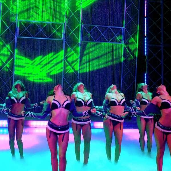 Las vegas burlesque show fantasy luxor hotel casino - Blue man group box office ...