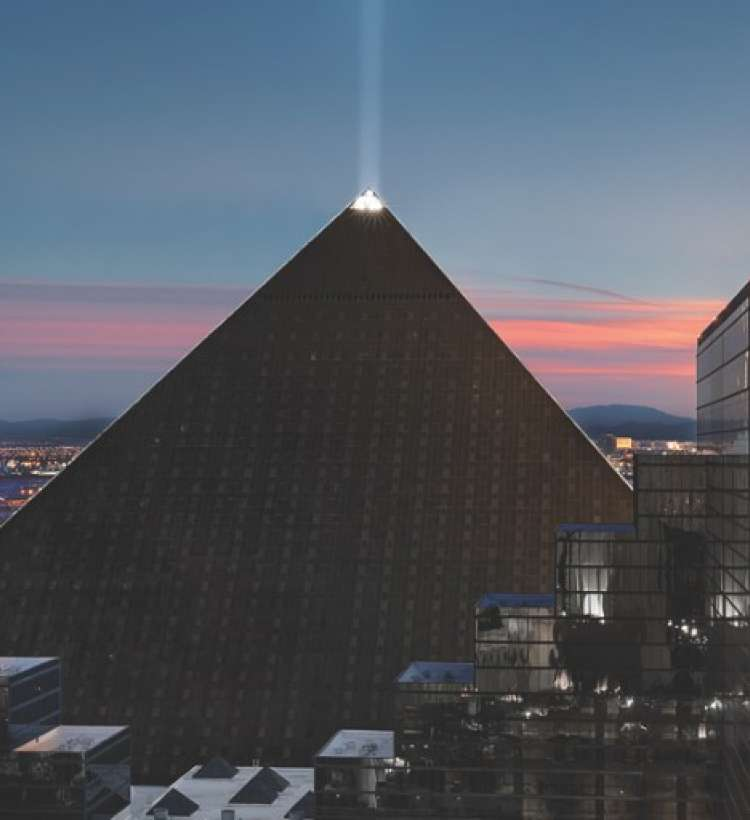Казино pyramid самые популярные онлайн покер румы