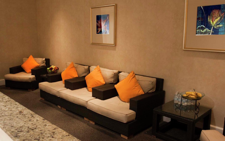 Hair & Nail Salon Las Vegas Strip - Nurture Salon - Luxor Hotel ...